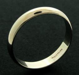 9ct Yellow Gold 3mm D shape Wedding Band photo 1